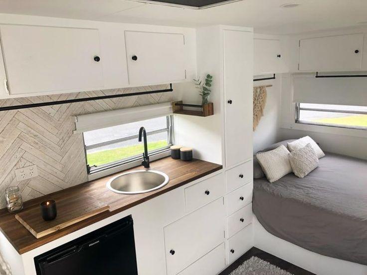 20+ Vintage Style Camper Bunk Bed Ideas - Go Travels Plan