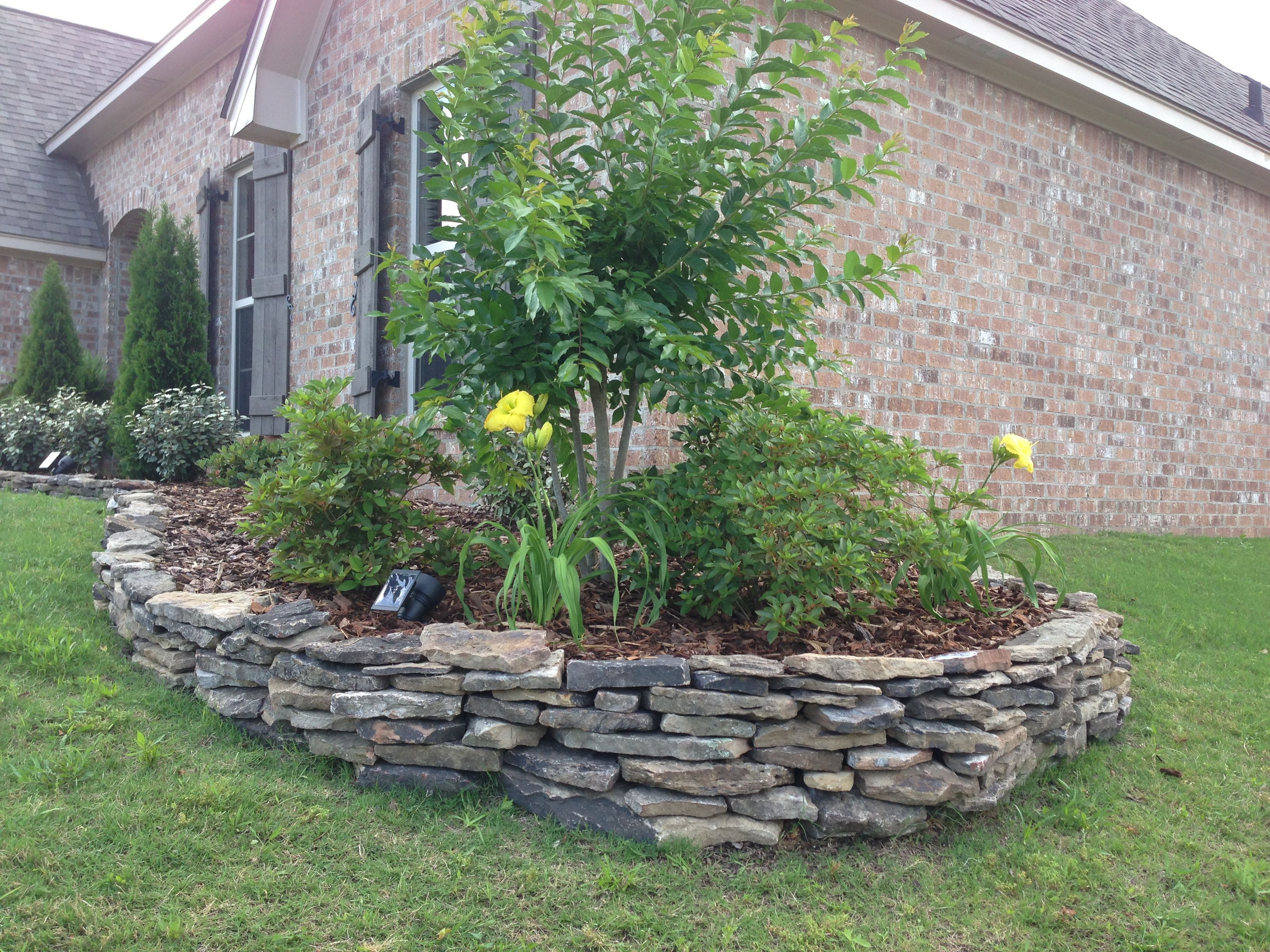 Stacked My Own Stone Flowerbed Border In A Couple Of Hours Stacked My Own Stone Flow Stone Landscaping Landscape Edging Stone Backyard Landscaping Designs
