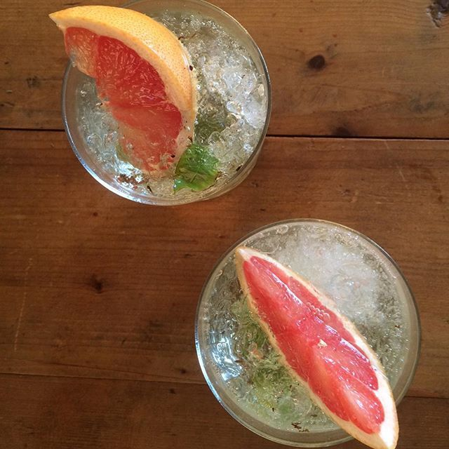 Perfect for a day like today! 'Blood Orange Sparkling Chardonnay Spritzer' ~MB