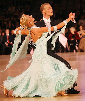 Pin By Melissa Acosta Pineda On Love To Dance Dance Ballroom Dance Ballroom Dancer