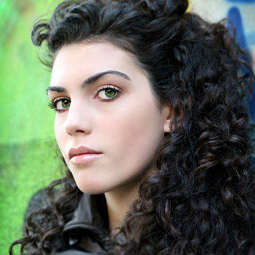 6914220 F520 Jpg 520 520 Dark Skin Light Hair Hair Colour For