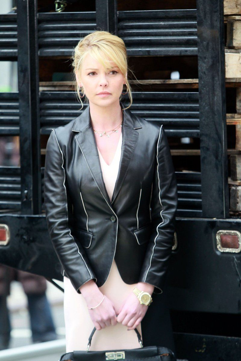 Emma Diaz On Twitter Leather Jacket Katherine Heigl Collar Styles [ 1200 x 800 Pixel ]