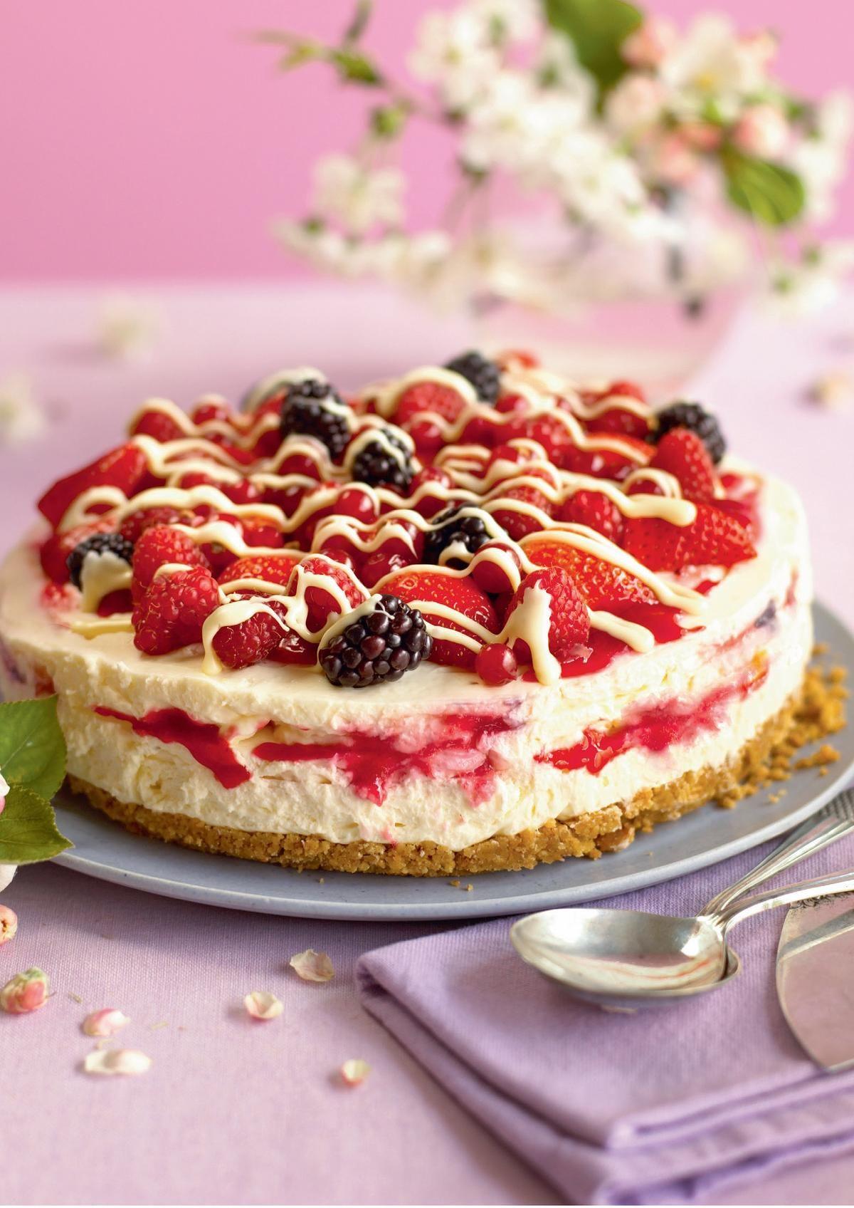 Raspberry Ripple Cheesecake - The Happy Foodie