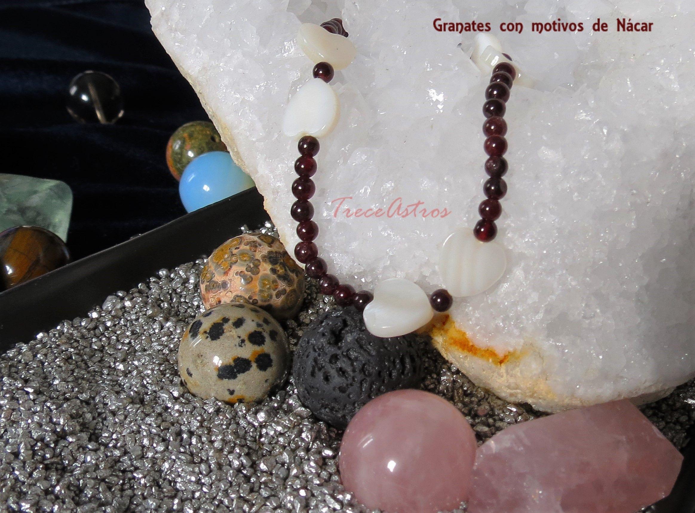 Granates y Nácar