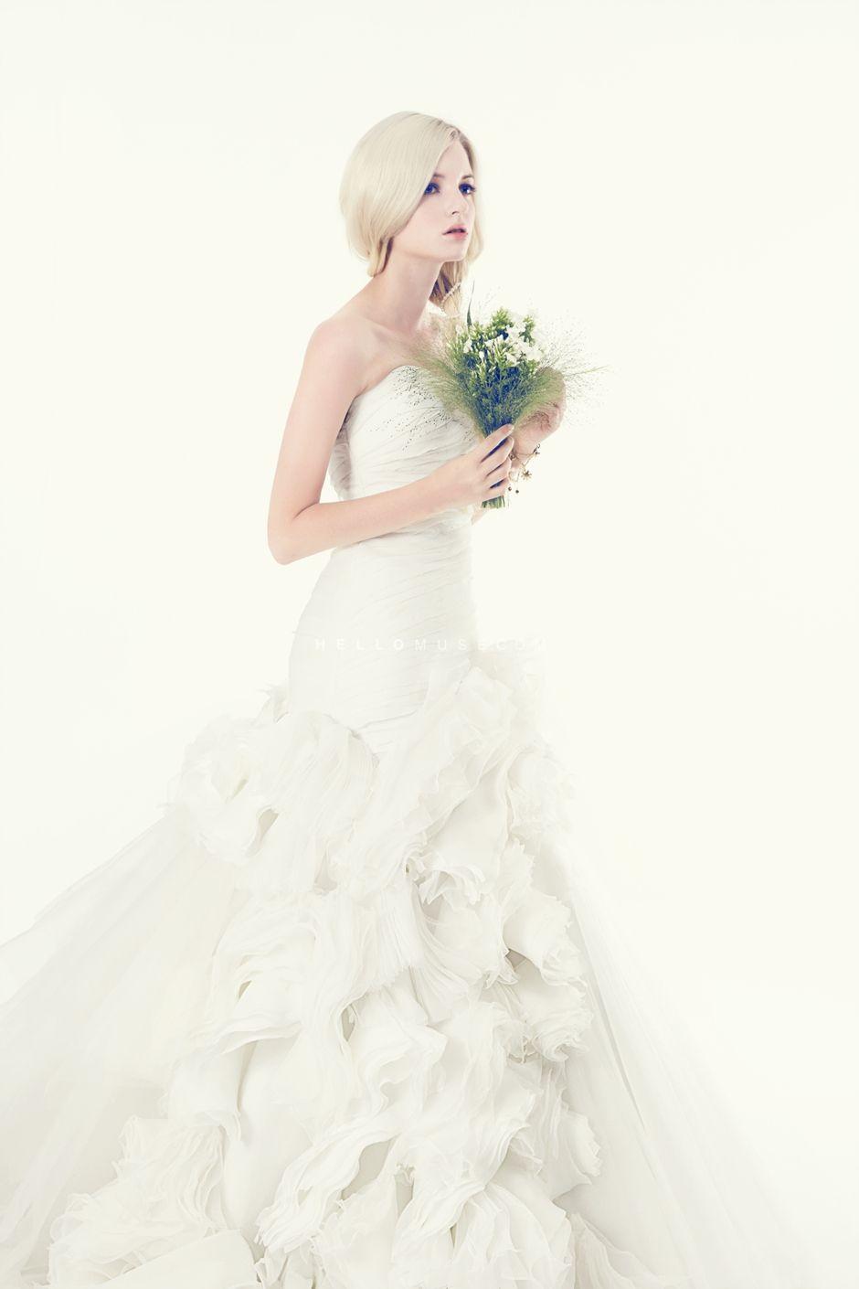 Korean bridal shop in Seoul, Korean style wedding dress, wedding ...