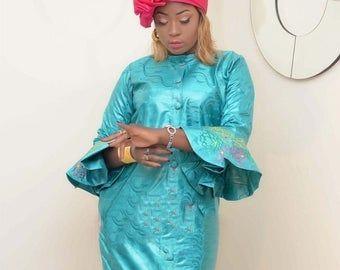 Afrikanische Kleidung, Bazin, schwarze Spitze, afrikanische Outfit, afrikanische Damenbekleidung