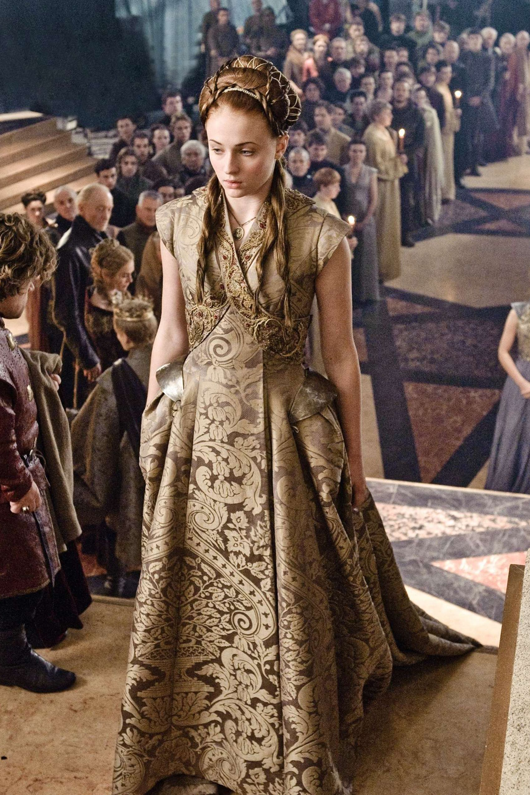 the 45 most stunning looks on 39 game of thrones 39 sansa. Black Bedroom Furniture Sets. Home Design Ideas