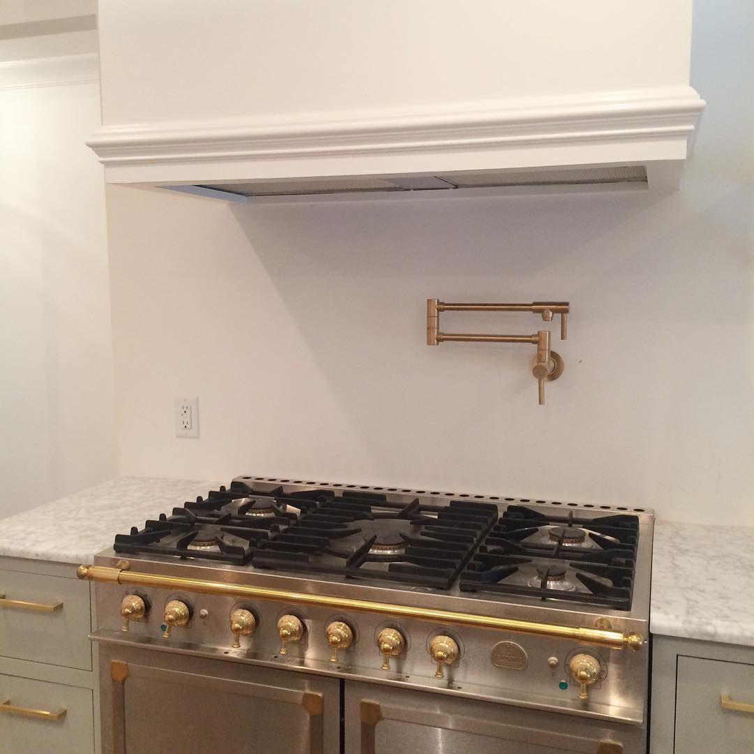 Mdf Range Hood Pot Filler With No Backsplash Kitchen Redo Kitchen Hoods Brass Kitchen
