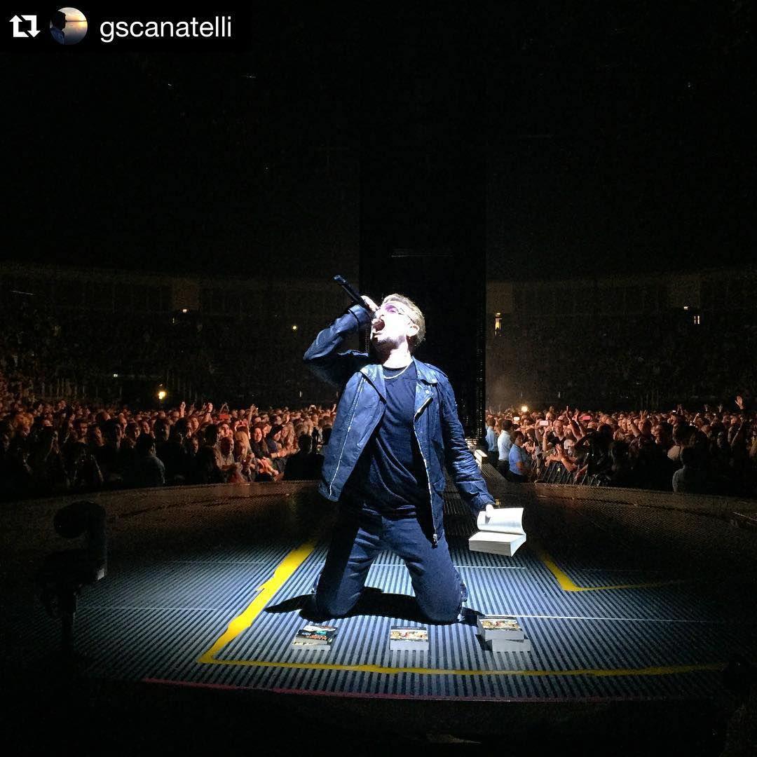 «#Repost @gscanatelli . ・・・ U2 innocence tour #monday #rock #london #bono #music #live #night #concert #pop #u2ietour #passion #singer #u2 #tour»