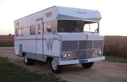 my next big purchase! 1972 Winnebago Brave | I Love Trailers