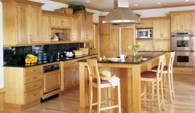 Merveilleux Ovation Cabinetry   Shaker Style Alder Cabinet Doors With A Natural/Clear  Finish