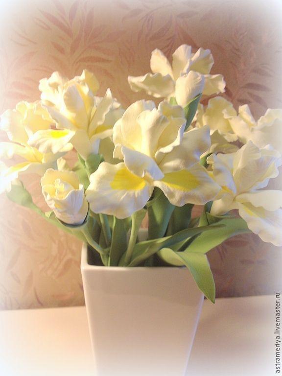 Купить белый ирис цветы доставка цветов и подарков бровари