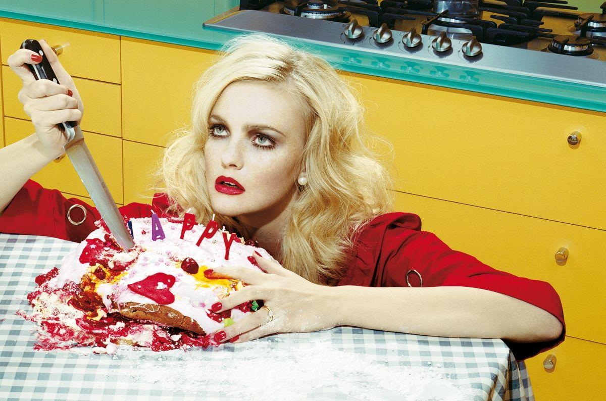 Αποτέλεσμα εικόνας για Fashion & Politics in Vogue Italia»
