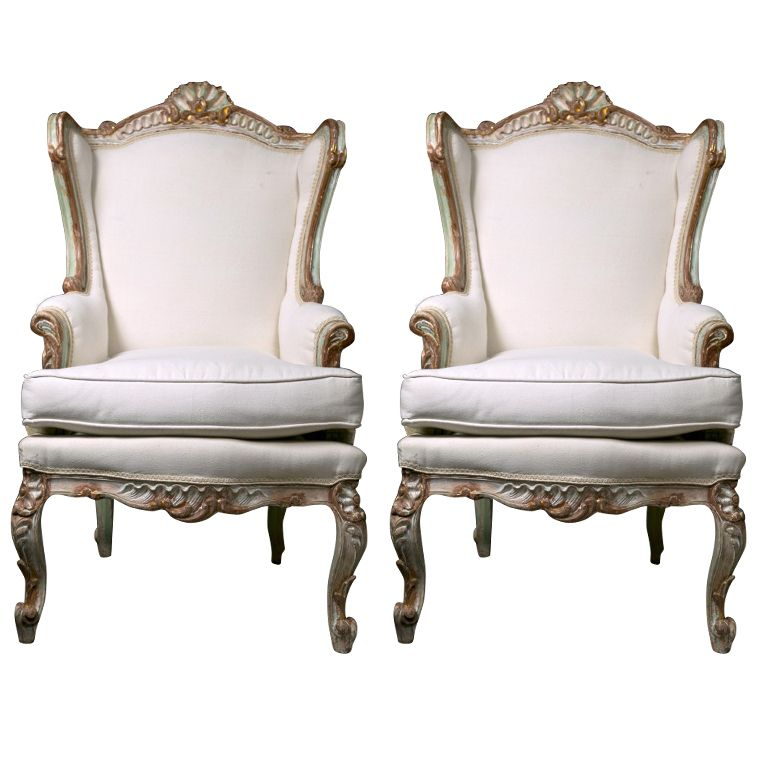 Superbe Pair Of Painted French Rococo Style Bergere Chairs