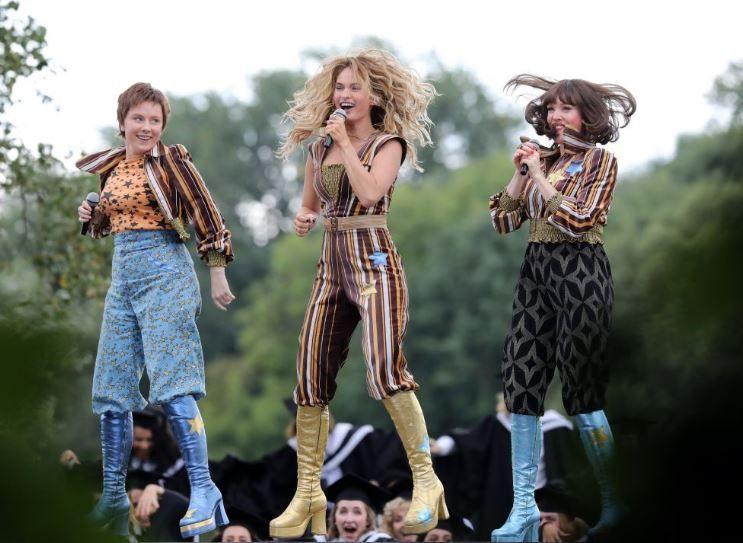 Mamma Mia 2 Sequência Ganha Trailer Na Quinta Feira 22