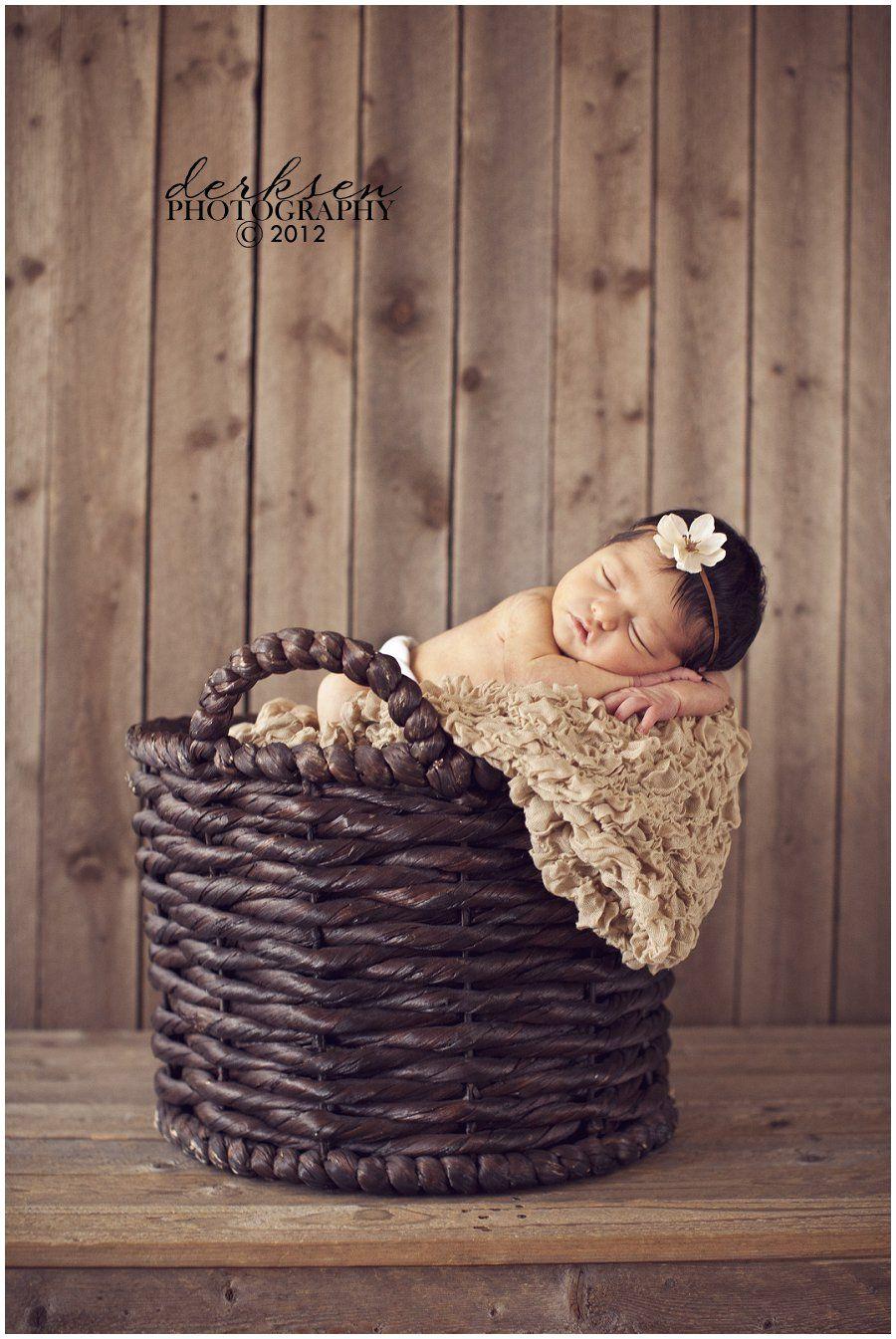 infant photography prop ideas | http://bruisesandbandaids.com