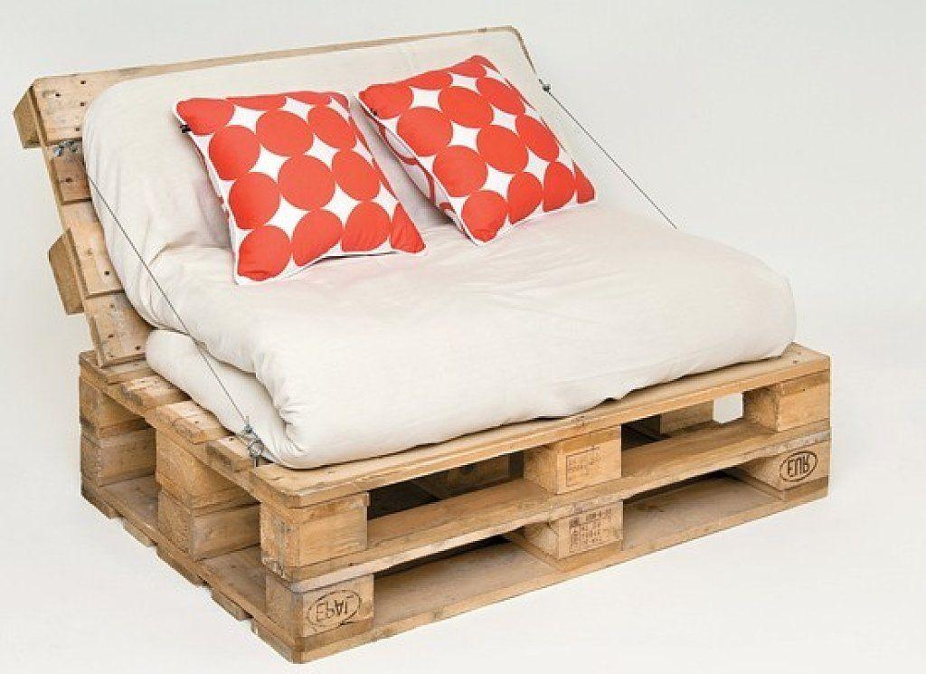 Muebles reciclados con palets y bobinas muchisimos for Sillon con palets reciclados