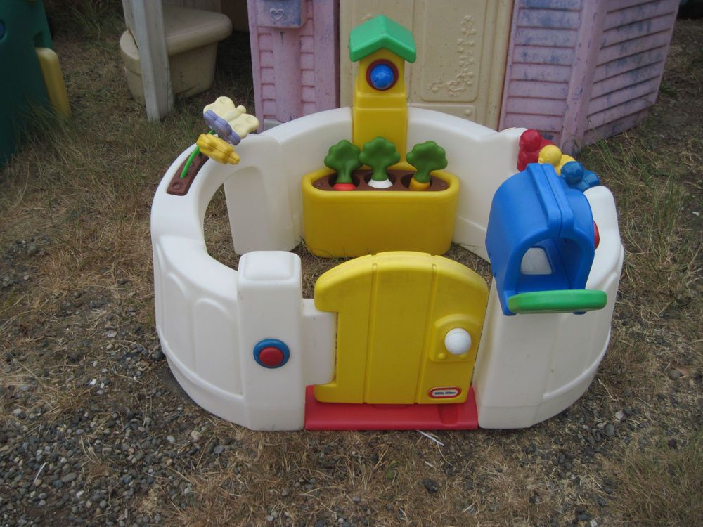 Little Tikes Activity Garden complete with the Vegetables