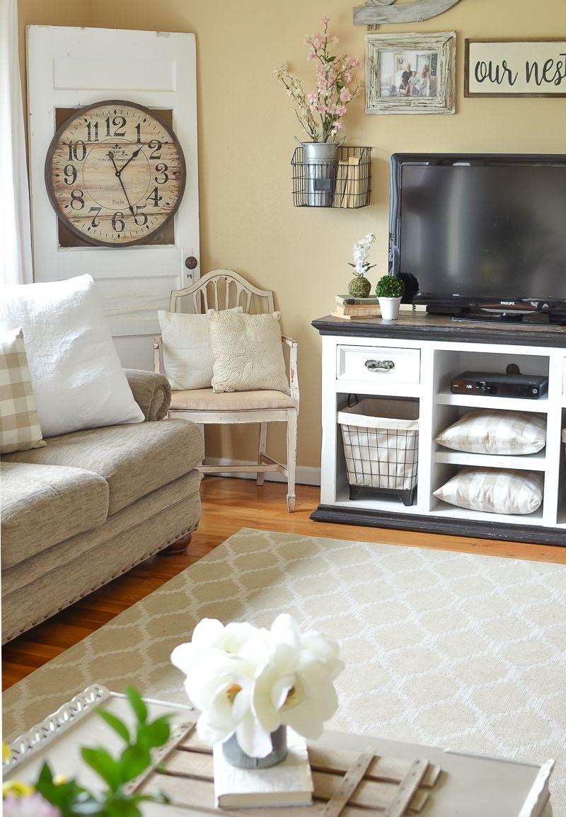 Simple Spring Living Roomfarmhouse Style Spring Decor Ideas Extraordinary Living Room Simple Decorating Ideas 2018