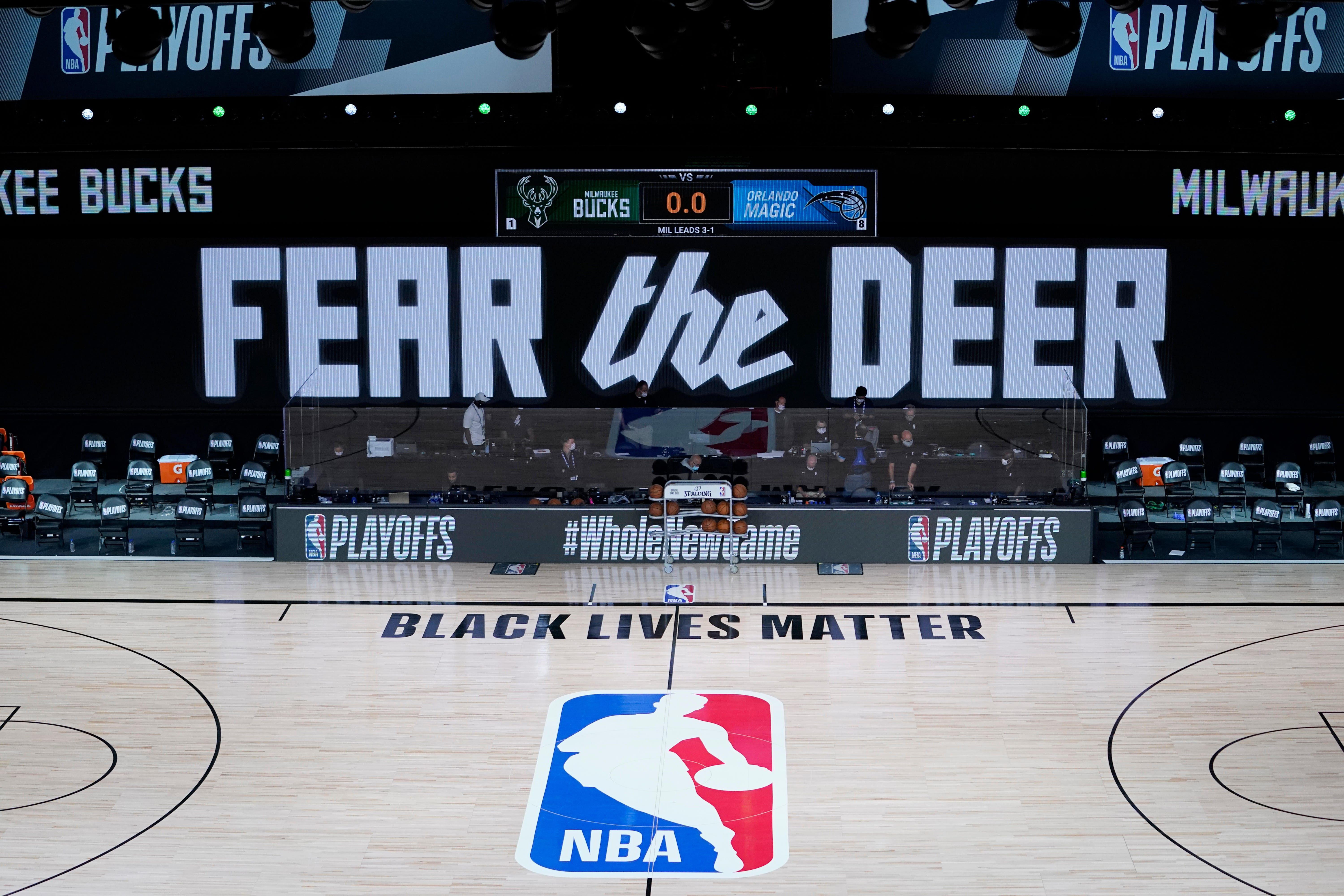 Milwaukee Bucks Do Not Take Floor For Nba Playoff Game As They Protest Police Shooting Of Jacob Blake Milwaukee Bucks Nba Playoffs Playoffs