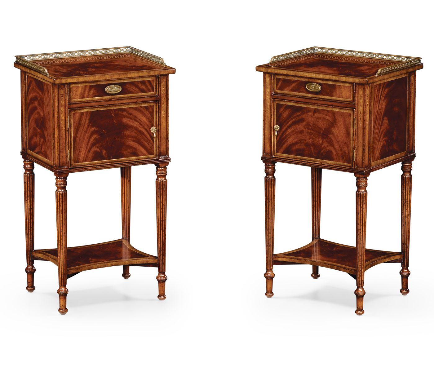 Best Pair Of Mahogany Bedside Cabinets Pair Of Bedside Tables 400 x 300
