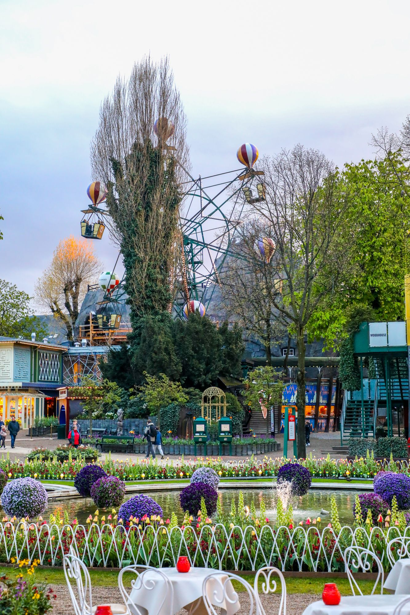 a7d3414ebb280827176dcbff58f90971 - What Is Tivoli Gardens Like Today
