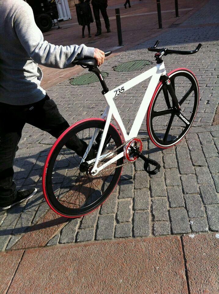 Leader bike 735 fixie fixed gear