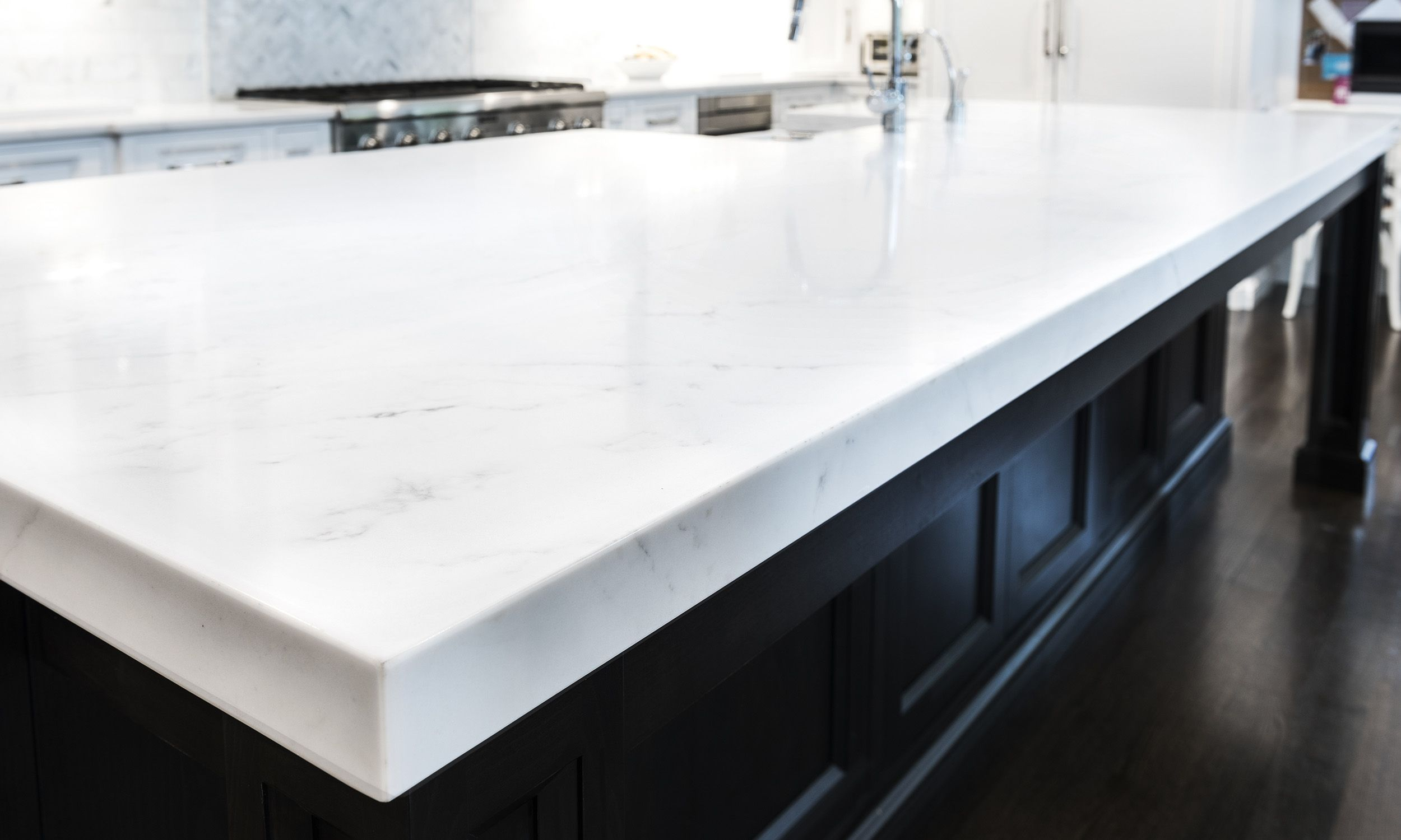 This Aurea Stone Paragon Quartz Countertop Is In Stock At Dwyer