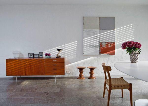 Modern 70s bungalow - http://www.interiordesign2014.com/interior ...