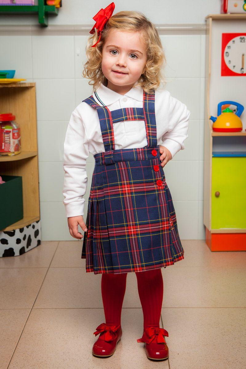 f095b0dd3f249 Uniforme escolar falda con peto Más