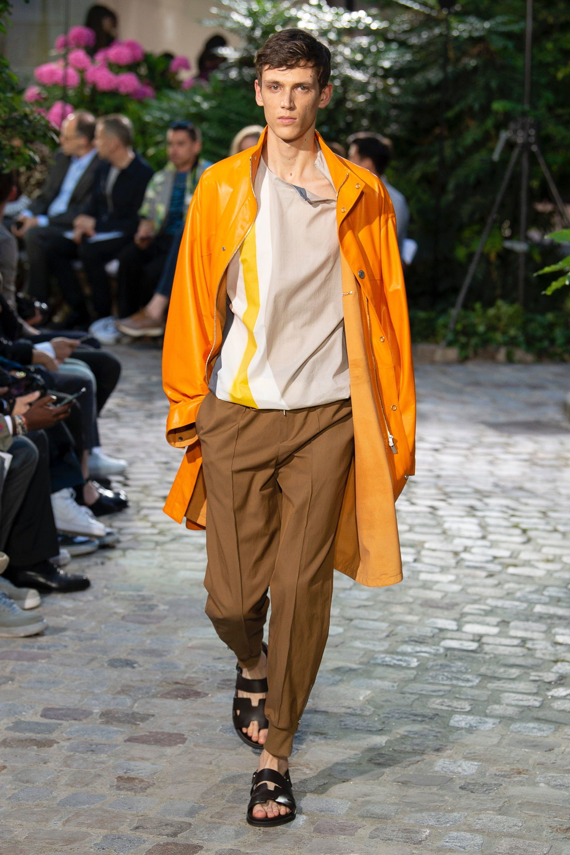 eb56fd02ec00 Hermès Spring 2019 Menswear Fashion Show in 2018 ...