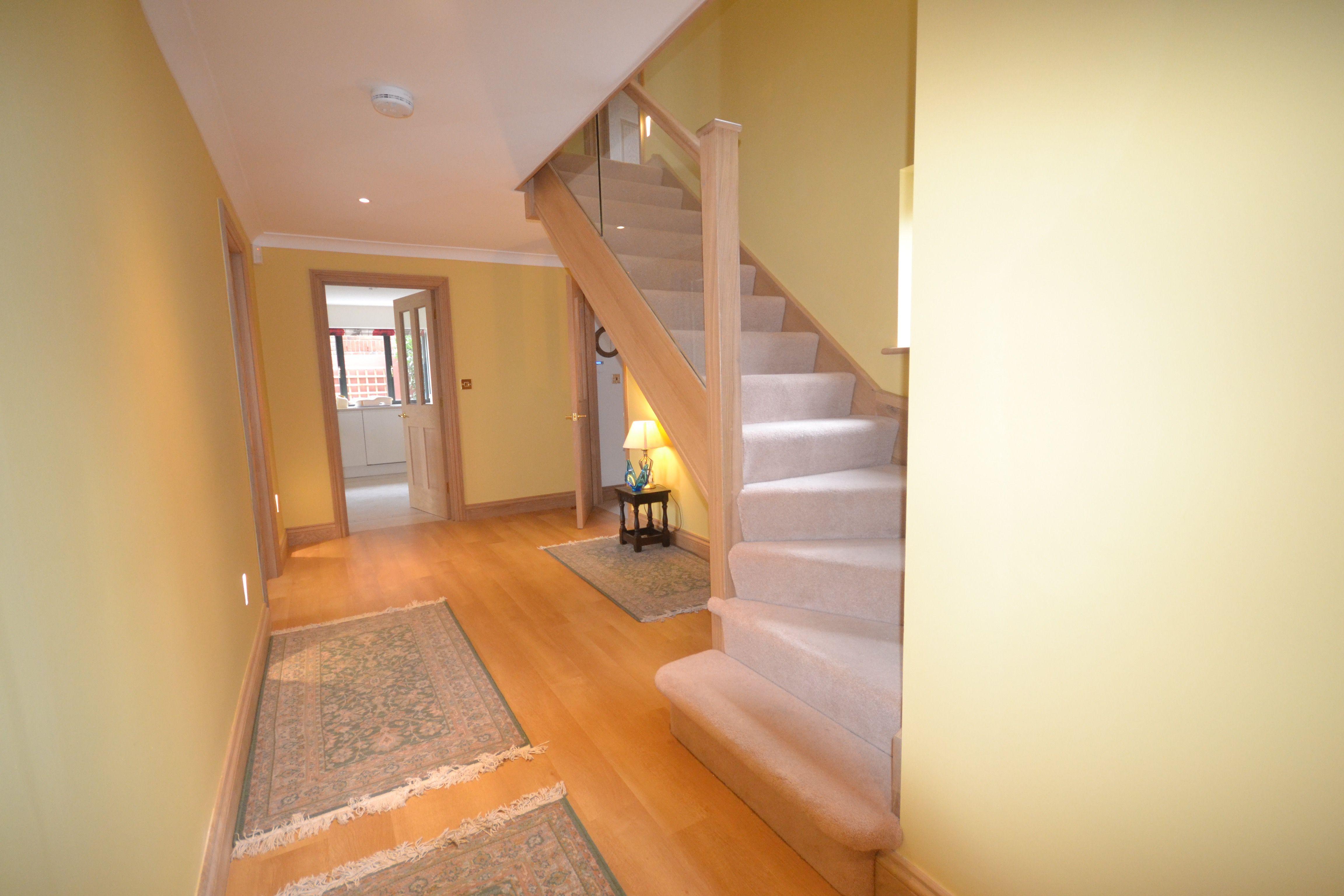 Best Bespoke Staircases Bespoke Staircases Staircase 640 x 480