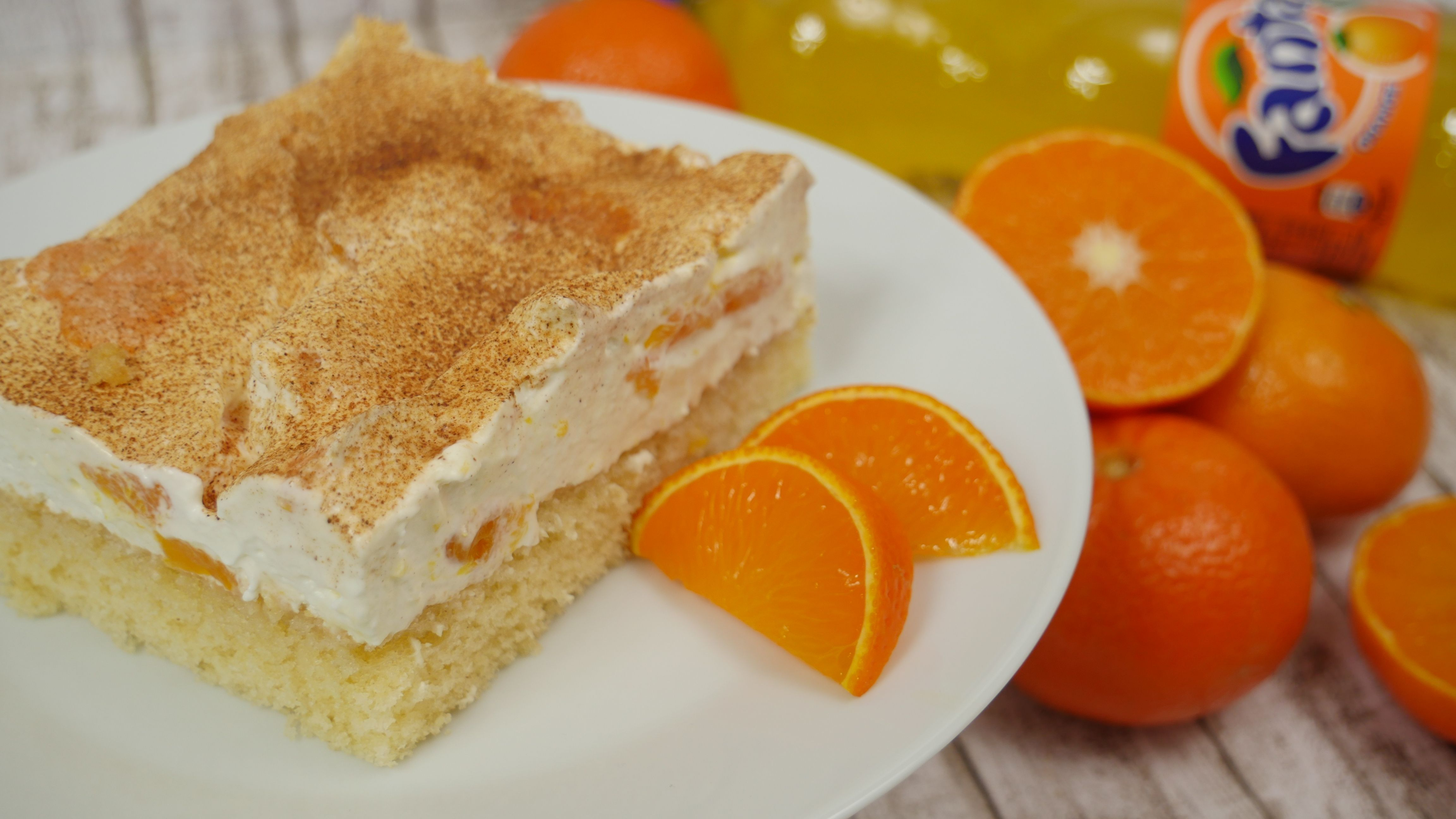 Fantakuchen mit Mandarinen-Schmand | Natron | Cheesecake ...