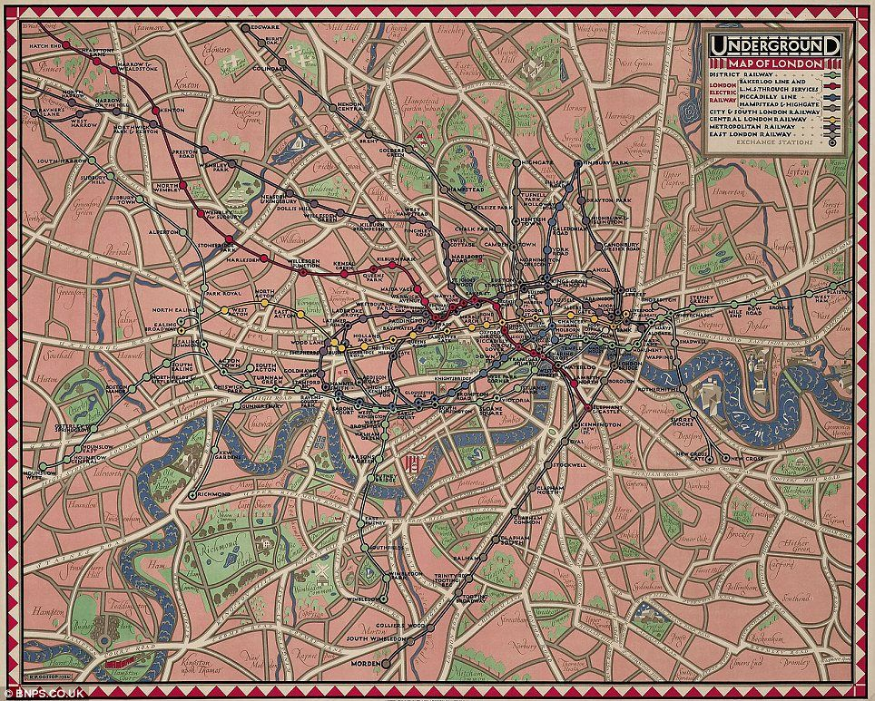 Map Over London.Growing Underground Remarkable Maps Show How London S Tube Network