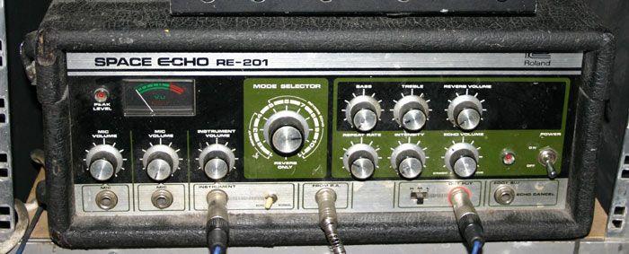 Http Media Soundonsound Com Sos Nov04 Images Roland07a L Jpg