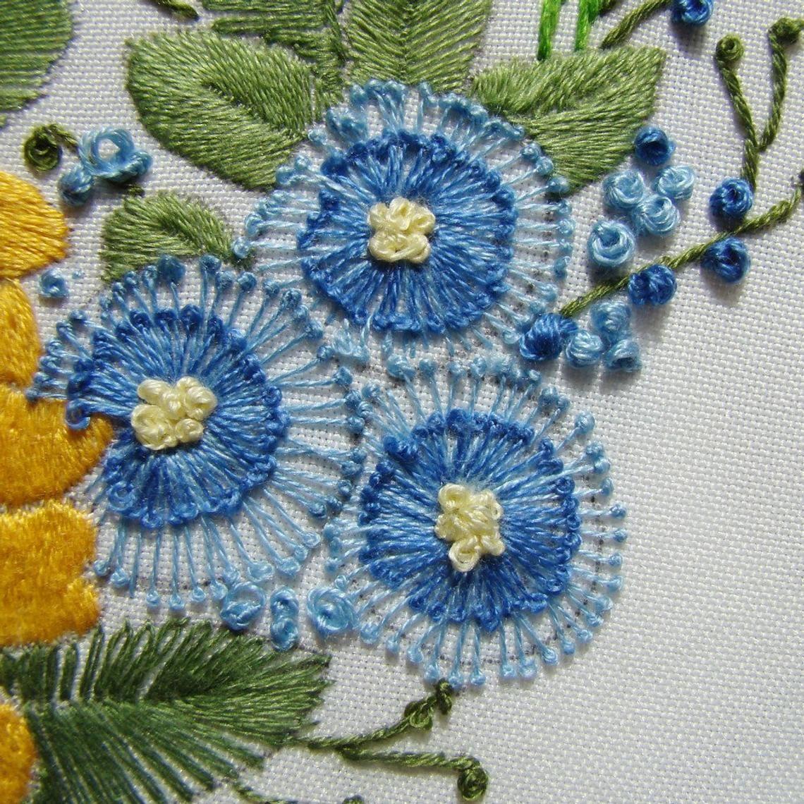 Wreath of flowers Brazilian embroidery Digital Embroidery | Etsy | Brazilian embroidery ...