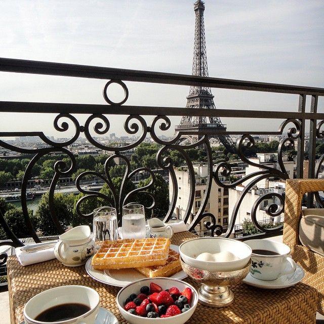 Petit Dejeuner A Paris Paris Breakfast