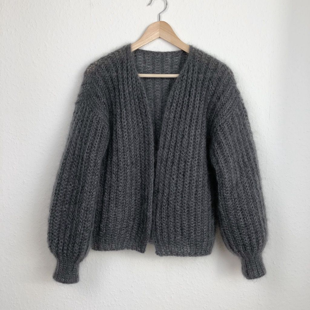 Tutoriel – instructions de tricot – tricoter un cardigan simple dans un motif verni d'en haut   – Muster