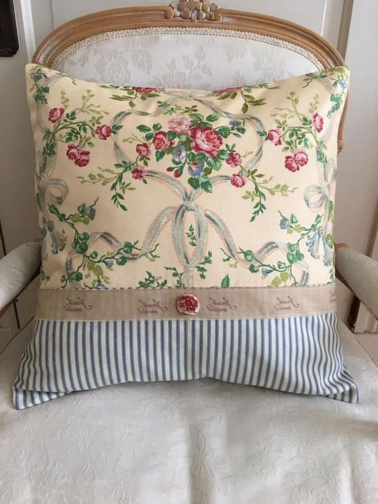 41 Classy Chic Decorative Pillow That Will Make Your Home Look Fantastic - Page 36 of 41
