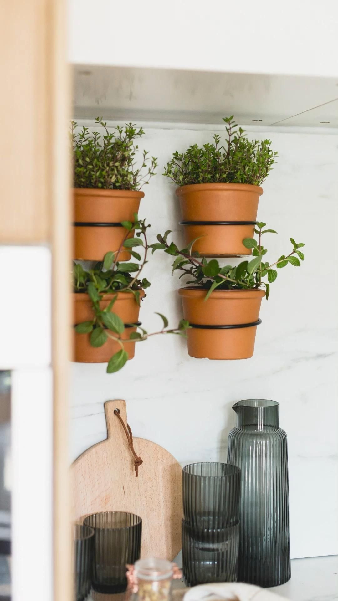 How To Make An Easy Indoor Herb Wall Garden Fall For Diy 1000
