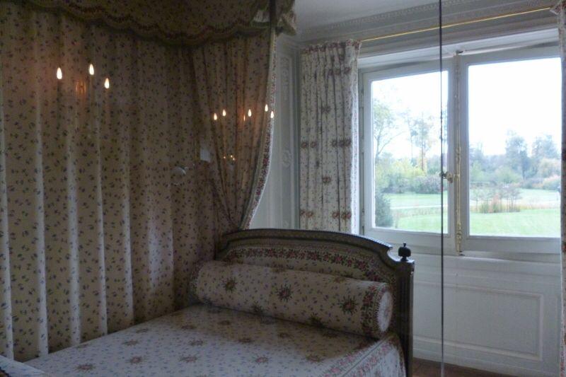 マリー・アントワネット (Marie Antoinette) 寝室 (chambre à coucher