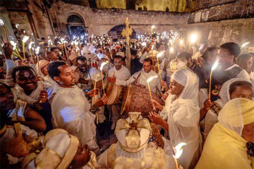 Ethiopia And Eritrea Ethiopians Celebrating Fasika In Jerusalem Phto Aviram Valdman Thetower Org Ethiopia Ethiopian Wedding African Diaspora