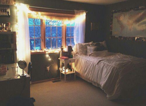 Imagen De Bedroom, Light, And Room