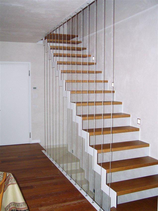 Realizziamo scale interne in metallo su misura o da progetto chiedici un preventivo gratuito - Progetto scale interne ...
