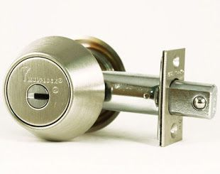 http://loyallocksmith.net/ thornhill locks change Thornhill Loyal locksmith available anytime. We offer local locksmith service in thornhill vaughan including emergency, automotive, residential & commercial. Call Now!.