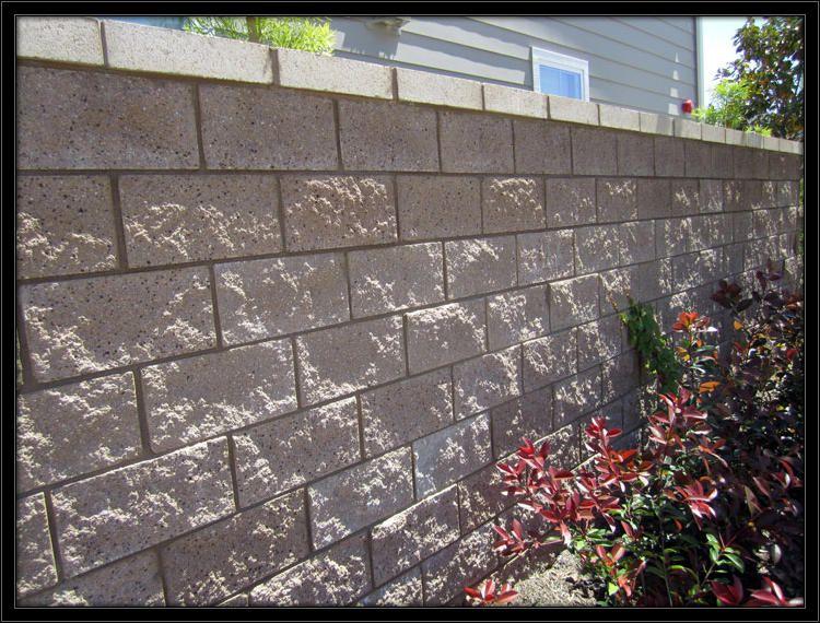 Block Walls Vs Wooden Fences Orange County Masonry Contractor Block Wall Concrete Block Walls Wooden Fence