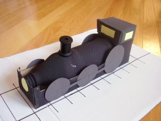 Locomotive kids can make for pretend play -  Preschool Toolkit
