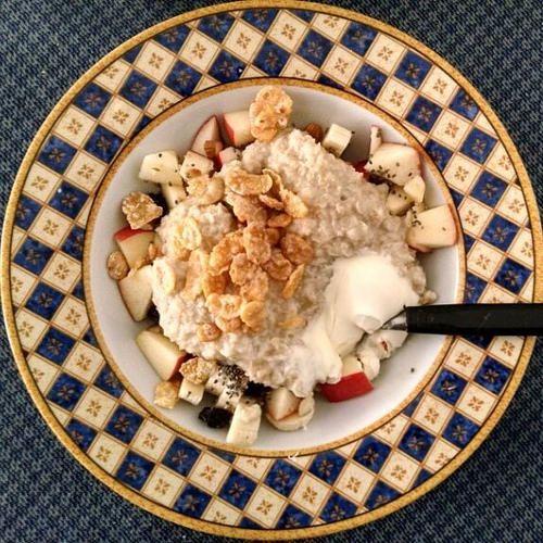 Breakfast #porridge #healtyish #Foodlover #flatlay #flavor #food #foodstyle