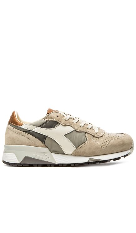 adatto Montgomery Specificato  Diadora Heritage Trident 90 NYL in Ghost Gray | Sneakers men, Sneakers,  Designer sneakers