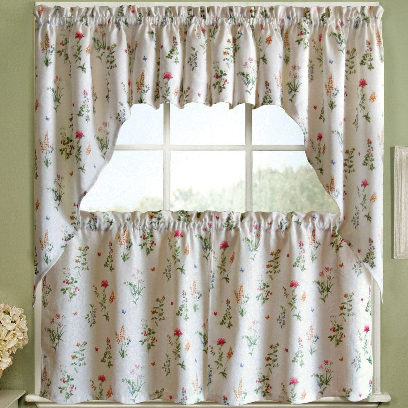 Features Set Includes 2 Curtain Panels Color White And Multi